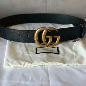 Black leather pigskin gold buckle GG BELT
